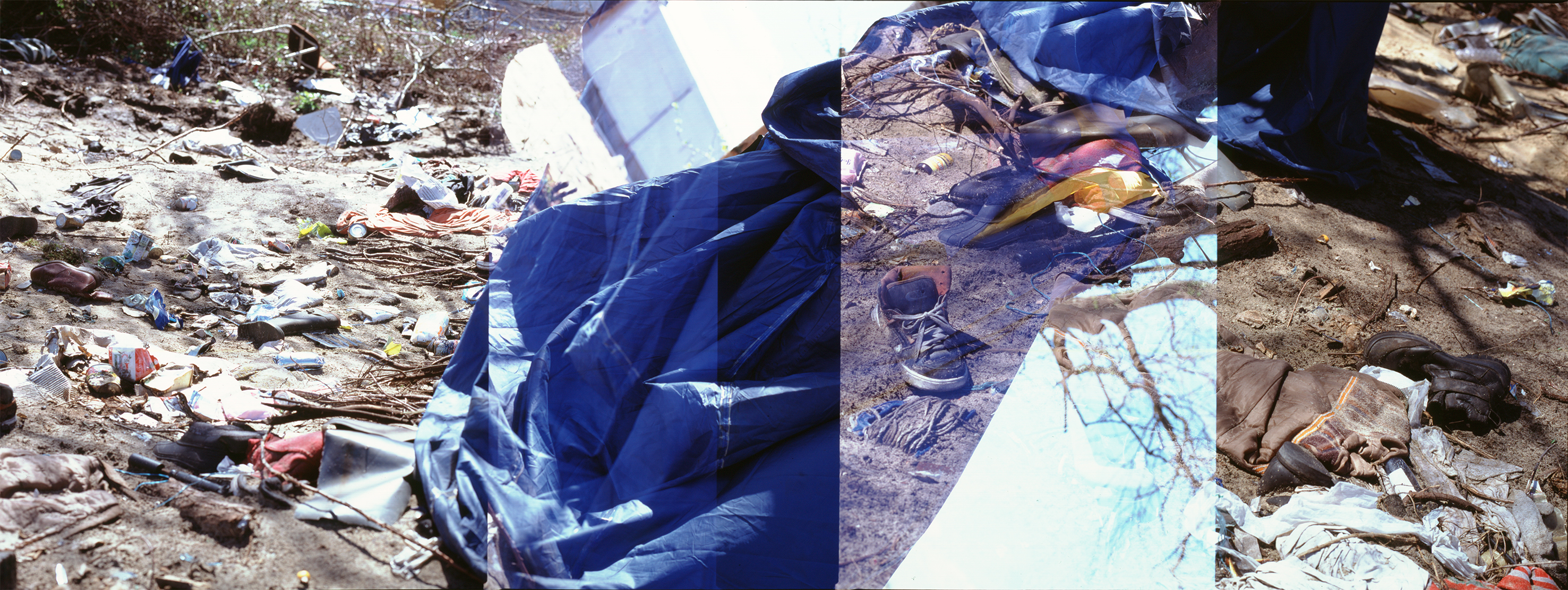 Calais the jungle refugees camp-tent-debris